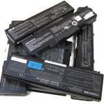 Стоит ли вынимать батарею ноутбука при работе от сети?